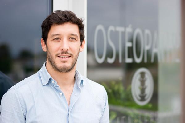 Julien Lepretre osteopata